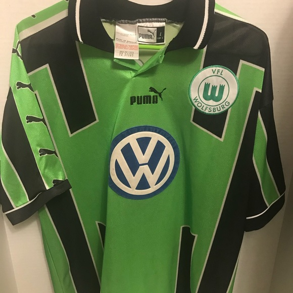 new product ce7a2 2ca62 WOLFSBURG Auth. Soccer PUMA Green Football Jersey